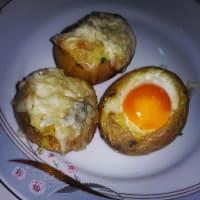 Patatas rellenas de nevera vacía
