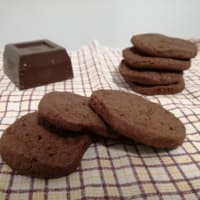 Galletas con chocolate negro y flor de sal