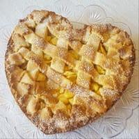 Corazón de tarta de manzana