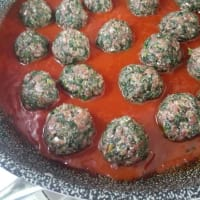 Meatballs with beetroot with tomato sauce step 7
