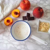 Cacao porridge with caramelized peaches step 1
