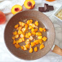 Cacao porridge with caramelized peaches step 2