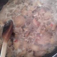 Cicatelli con espinacas, setas y bechamel paso 3
