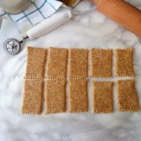 Cracker integrali ai fiocchi di avena e sesamo step 2
