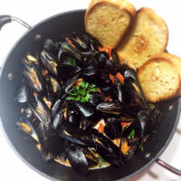 Impeccably mussels with cherry tomatoes