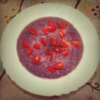 Sopa de col roja con quinoa