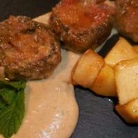 Funghi champignon ripieni con gorgonzola e noci