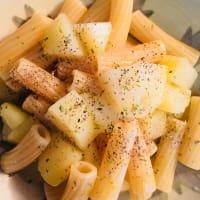 Pasta y patatas rústicas