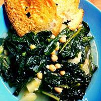 Stufato di cavolo nero e patate con crostoni di pane all'aglio step 3