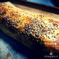 Stuffed vegetable pocket, aromatic bread and mozzarella veg step 4