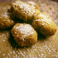 Falafel of chickpeas and sesame seeds
