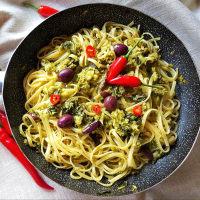 Linguini picante con brócoli y aceitunas negras paso 5