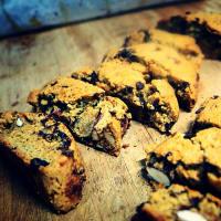 Los veganos Biscotti de almendras y chocolate paso 3