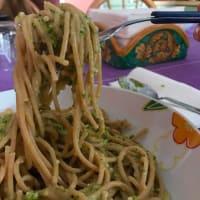 Spaghetti integrali con pesto di rucola e mandorle step 4