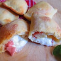 Focacciaini Focaccia With Cooked Ham And Crescence