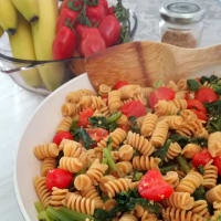 Fusilli of chickpeas with turnip leaves