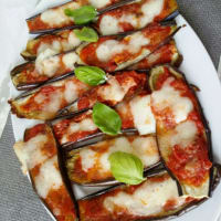pequeñas pizzas de berenjena