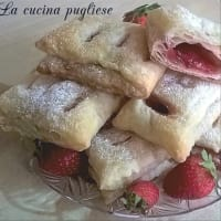 Strawberry puff pastry