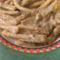 Caserecce con crema de alcachofa