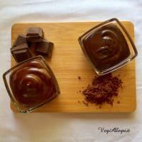Crema de chocolate y crema de cacao