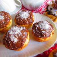 Coconut and Nutella muffins