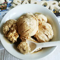 Coffee ice-cream (without eggs and without ice-cream maker)