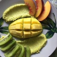 Piatto estivo di frutta