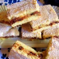 Cuadros de pasta corta sin gluten con ricotta y chocolate