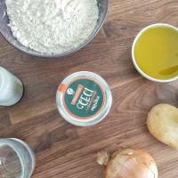 Crostata salata con vellutata di ceci al rosmarino, patate e cipolle step 1