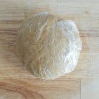Crostata salata con vellutata di ceci al rosmarino, patate e cipolle step 4
