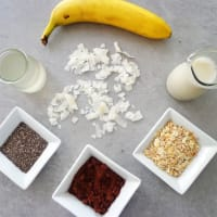 Batido de plátano con cacao y avena paso 1