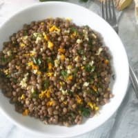 Lentil salad with ginger and orange