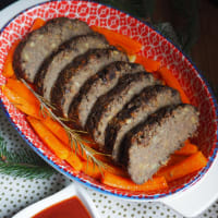 Meatloaf with mushrooms and lentils