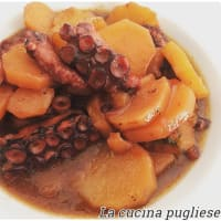 Stewed octopus with potatoes