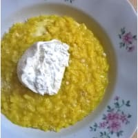 Risotto with saffron and burrata
