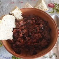 Mexican beans with tomato sauce