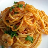 Spaghetti with sauce with shrimps