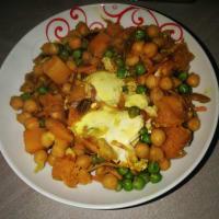 Insalata di legumi con zucca e uova