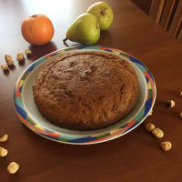 Carrots and nuts cake