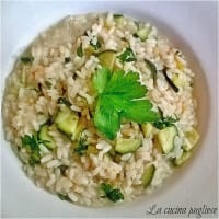 Risotto with zucchini and pumpkin flowers