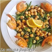 Shrimp salad chickpeas and arugula