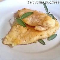 pechugas de pollo con mantequilla y salvia