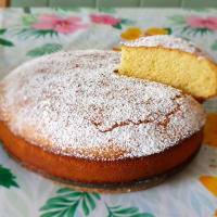 Rice and almond cake without gluten and lactose