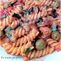 Fusilli with eggplant and olives