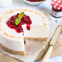 Cheese cake uncooked