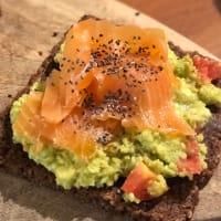 Avocado toast with salmon step 5