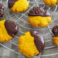Pumpkin and Chocolate Cookies