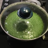 Spinach omelette with top blender
