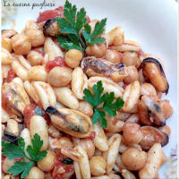 Cavatelli chickpeas and mussels