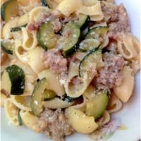 Pasta with zucchini and sausage